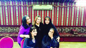 Creeping emancipation: although Saudi women are still subject to a strict code of conduct, there are signs that things are changing (Saudi theatre director Lurin Al Isaa and her actors, photo: private)