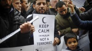 Following the Paris attacks, Muslims protest against violence in the name of Islam (photo: Getty Images/AFP/O. Morin)