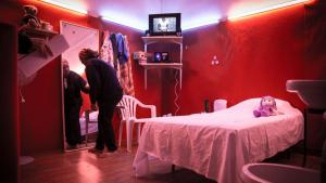 Mock-up of a prostitute′s room from the installation ″Grande Maison″ (photo: Soliman/Gielens)