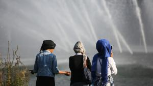 Young Muslims in Germany (photo: picture-alliance/dpa/A. Heimken)