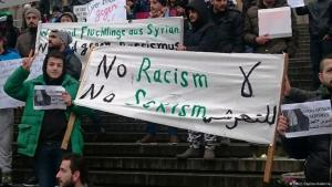 Syrian refugees demonstrate against sexism in Cologne (photo: Deutsche Welle)