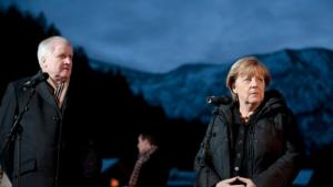 Bavarian Prime Minister Seehofer and Germany's chancellor Angela Merkel (photo: Getty Images)