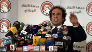 The Egyptian intellectual and former opposition leader Amr Hamzawy during an election rally for his liberal party in December 2012 (photo: picture-alliance/dpa)