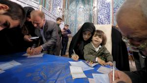 Parliamentary and Assembly of Experts elections in Tehran (photo: Reuters/R. Homavandi)