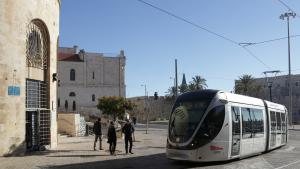 Tsahal Square is where Jaffa Street, previously West Jerusalem′s main thoroughfare and today a traffic-calmed shopping promenade, meets the walls of the Old City and East Jerusalem. This is also the route of the controversial tram, inaugurated in 2001, which provides attractive urban flair