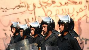 Egyptian police in a suburb of Cairo (photo: AFP)