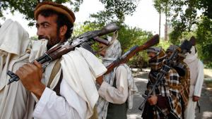 Taliban fighters east of Kabul (photo: picture-alliance/AP/R. Gul)