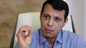 Mohammed Dahlan during an interview in Abu Dhabi (photo: picture-alliance/AFP/STR)