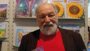 Children's book author Thomas Mac Pfeifer (source: Medu Verlag)