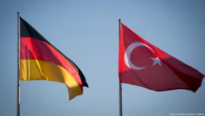 The national flags of Germany and Turkey (photo: dpa/picture-alliance)