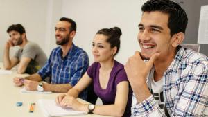 Muslim refugees attending preparatory college at Berlin′s Free University (photo: picture-alliance/dpa)