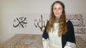 Imam Sherin Khankan in Copenhagen′s first women′s mosque (photo: Ulrike Hummel)