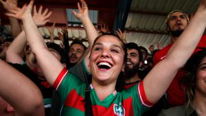 Supporters of the Kurdish football club Amedspor celebrate after their team scores a goal (photo: Fatma Çelik)