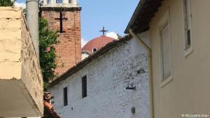 Catholic and Orthodox churches in Elbasan (photo: DW/Lindita Arapi)