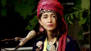 """Singer with the band project """"Nishtiman"""" (photo: youtube)"""
