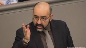 Politician for the Green party, Omid Nouripour, addresses the German parliament (photo: picture-alliance/dpa/J. Jeske)