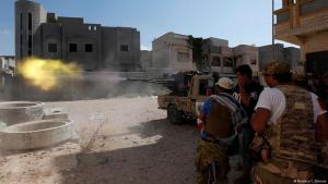Fight to capture the last IS position in Sirte, Libya (photo: Reuters/I. Zitouny)