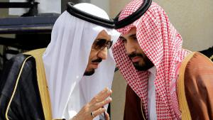 King Salman bin Abdulaziz al Saud and Crown Prince Mohammed bin Salman al Saud (right) (photo: picture-alliance/abaca/B. Press)