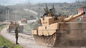 Operation Olive Branch – Turkish tank convoy at the Turkish-Syrian border (photo: Reuters)