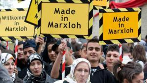 Young Turks holding placards join the opening of the new mosque in Duisburg-Marxloh, Germany on 26.10.2008. (photo: AP Photo/Martin Meissner)