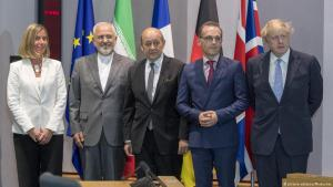From left: EU High Representative for Foreign Affairs and Security Policy, Federica Mogherini, with the foreign ministers of Iran, France, Germany and the United Kingdom (photo: picture-alliance/Photoshot)