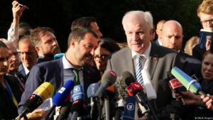 Italyʹs right-wing Minister of the Interior Matteo Salvini (left) and German Minister of the Interior Horst Seehofer (photo: DW/B. Riegert)