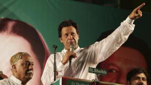 Pakistanʹs new prime minister, Imran Khan, gives a speech in Islamabad following his election (photo: dpa)