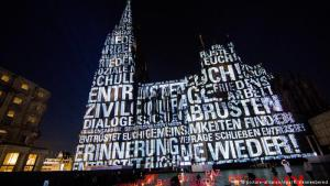 The way to peace: memories of World War I combined with a call for peace and tolerance – that's what media artists Detlef Hartung and Georg Trenz are all about. Their letter Illuminations will make Cologne Cathedral appear in a completely different light during the cathedral's pilgrimage days from September 27-30