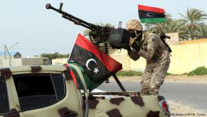 Rival militias fighting in Tripoli, Libya (photo: Getty Images/AFP/M. Turkia)
