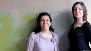 Berlinʹs Binooki publishers Inci Burhaniye (left) and Selma Wels in 2012 (photo: Barbara Dietl)