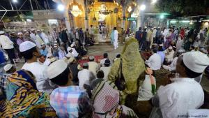 Muslims gather at the Sharif Dargah shrine in the Indian pilgrimage town of Ajmer (photo: AFP/Getty Images)