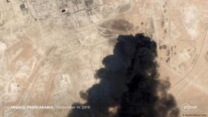 A pall of smoke hangs above the Aramco oil refinery in Abqaiq, Saudi Arabia (photo: Reuters/Planet Labs)