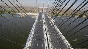 Rod al-Farag axis bridge in Cairo, Egypt, opened by President Abdul Fattah al-Sisi in May 2019 (photo: picture-alliance/Photoshot/A. Gomaa)