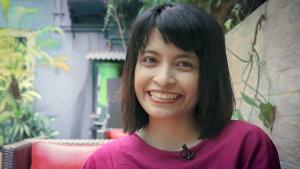 Indonesian feminist and author Feby Indirani (screenshot; source: YouTube)