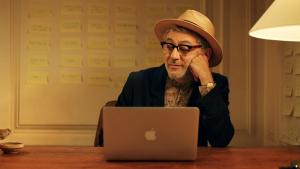 """The artist Elia, played by director Elia Suleiman, in """"It Must Be Heaven"""" (distributed by Le Pacte)"""