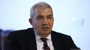 Riad Seif (photo: picture-alliance/AA/A. Hudaverdi Yaman)