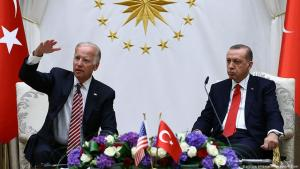 U.S. Vice President Joe Biden, left, and Turkish President Recep Tayyip Erdogan speak to the media after a meeting in Ankara, Turkey, Wednesday, 24 August 2016 (photo: picture alliance/AP Images/K. Ozer)