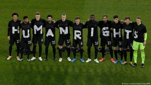 """German national team wears t-shirts with """"human rights"""" emblazoned across them prior to their World Cup qualifier against Iceland (photo: Tobias Schwartz/Getty Images/AFP)"""
