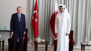 President of Turkey, Recep Tayyip Erdogan (l) meets Qatari Emir, Sheikh Tamim bin Hamad al-Thani (r) in Doha, Qatar on 2 July 2020 (photo: picture-alliance/AA/M. Cetinmuhurdar)