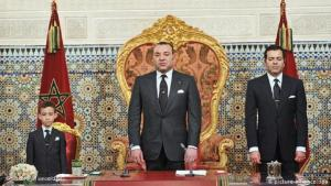 Moroccan King Mohammed VI announced constitutional reforms on 9 March 2011 in response to the mass protests in the wake of the Arab Spring (photo: picture alliance/ dpa)