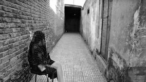 Still of an alley in the prostitutes' ghetto Shahr-e No in Tehran before 1980 (source: ROUYDAD24.IR)