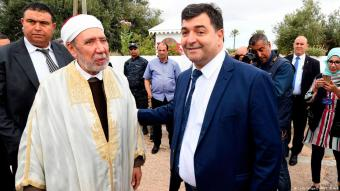 Rene Trabelsi (right) with the Grand Mufti of Tunisia (photo: Getty Images/AFP/Belaid)
