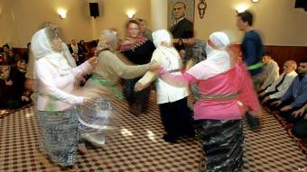 Alevi women dancing in Istanbul, Turkey (photo: AP)