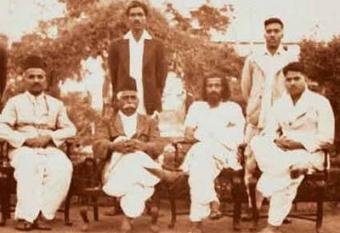 An early photograph of a RSS meeting from 1939 (photo: Wikimedia Commons)