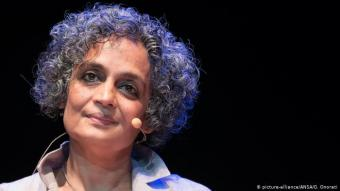 Arundhati Roy (photo: picture-alliance/ANSA/G. Onorati)