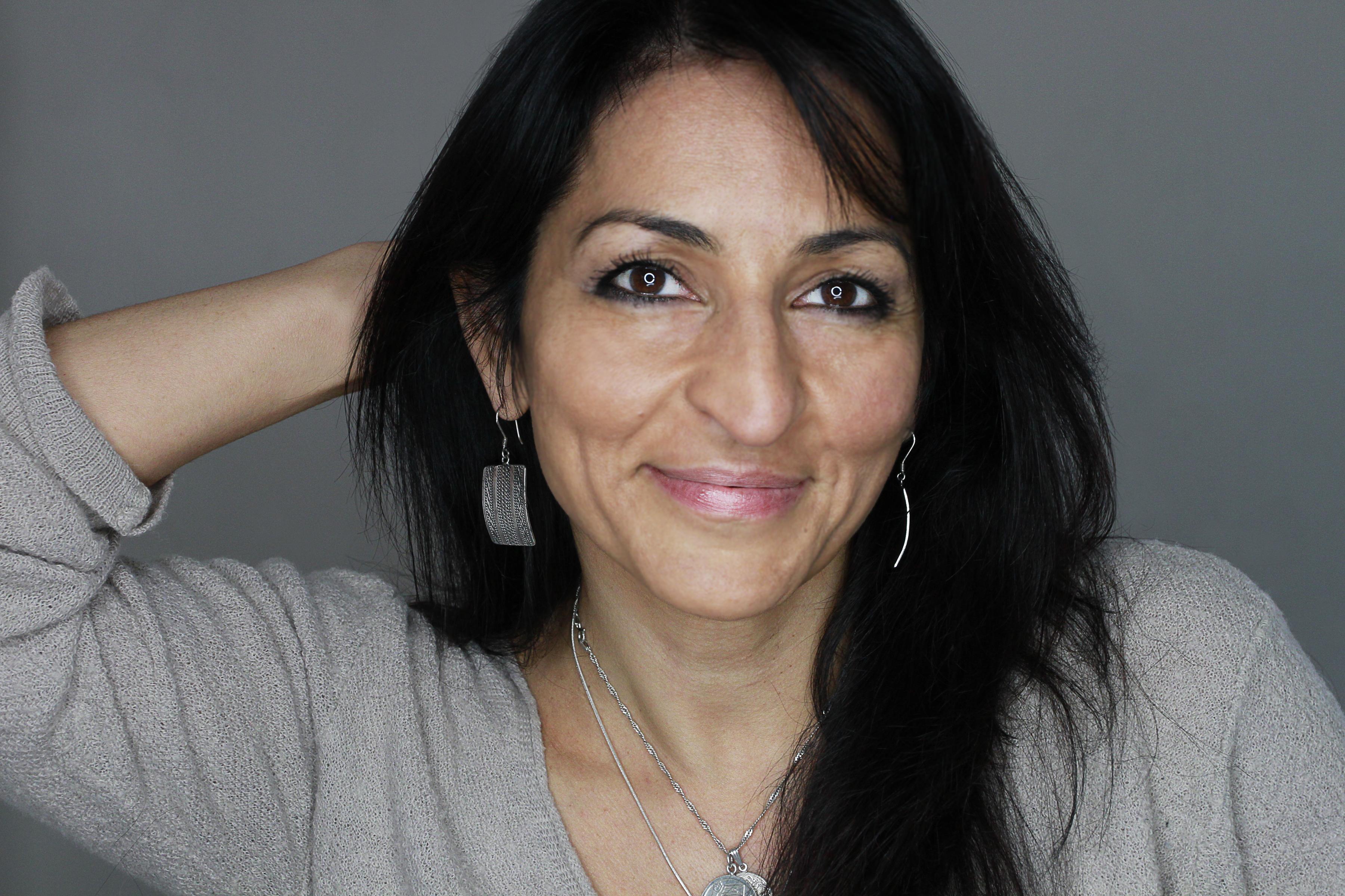 Susan Abulhawa: Love and suffering in Gaza - Qantara.de...