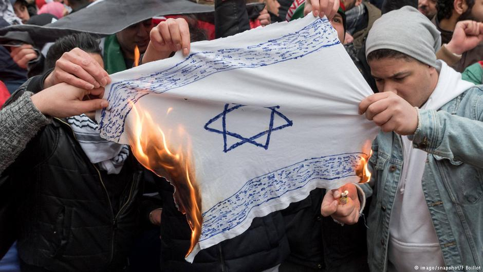 Flag Burning Should Be Prohibited