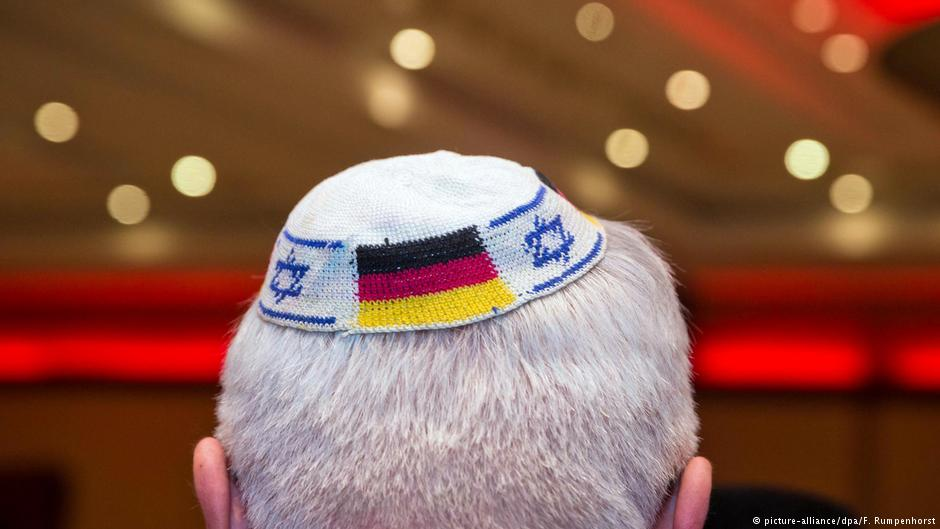 2fb509bfc04 Germany s right-wing populists found Jewish group  Jews – the AfDʹs ...