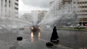 Corona crisis in Syria: disinfecting public spaces in the capital Damascus (photo: DW/H. Levent)